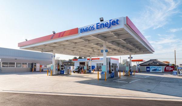 ガソリンスタンドの外見